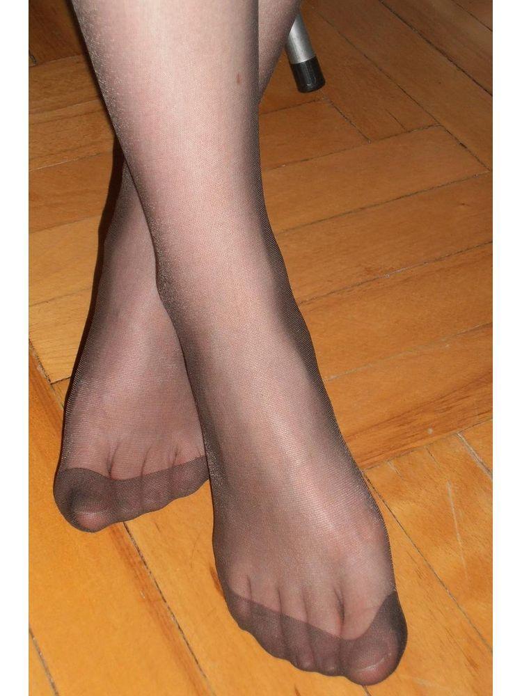 Пальцы женские на ногах в колготках фото — pic 6
